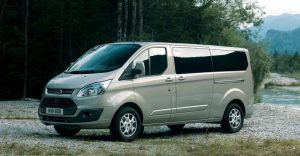 ford-tourneo_custom_2013_800x600_wallpaper_01